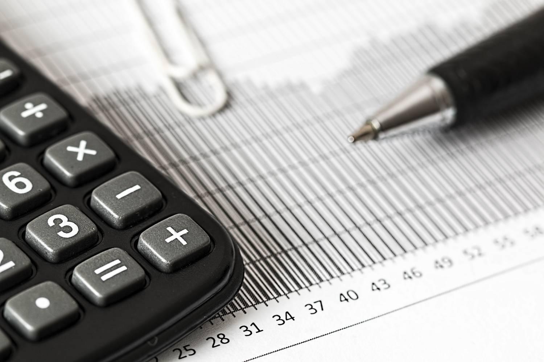 Ile zarabia biuro rachunkowe?